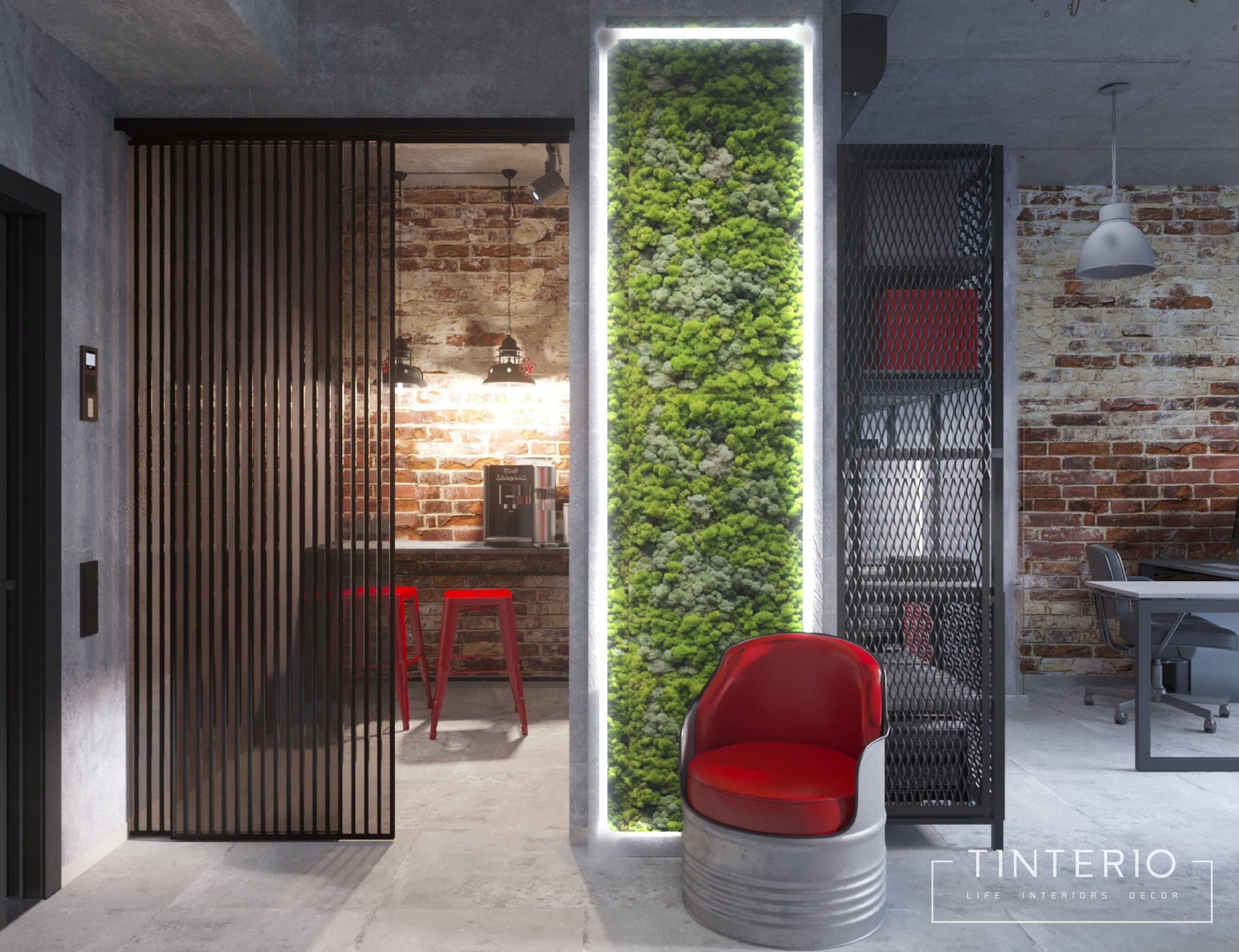 мох до потолка на стене